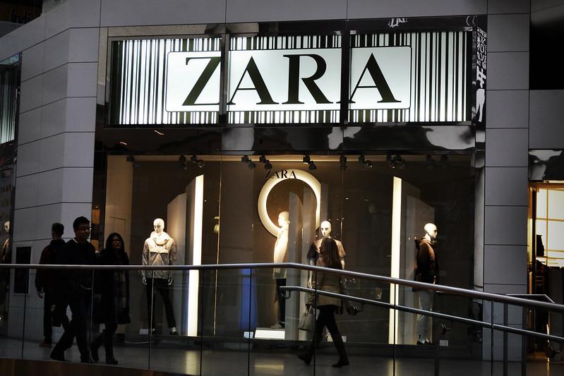 Zara chiude oltre 1200 negozi nel mondo